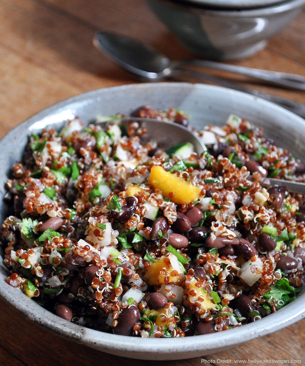 vegan-black-bean-mango-quinoa-salad
