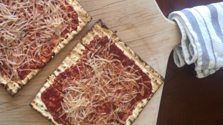 Vegan Passover Recipe: Matzah Pizza
