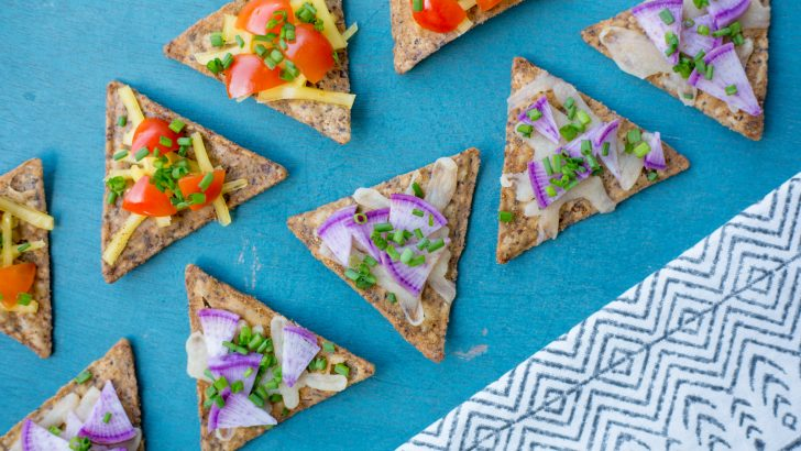 Crunchy Vegan Pizza Bites | Step Up Your Chip Game with Beanfields