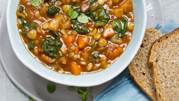 Spicy Vegan Slow-Cooker Tomato-Lentil Stew