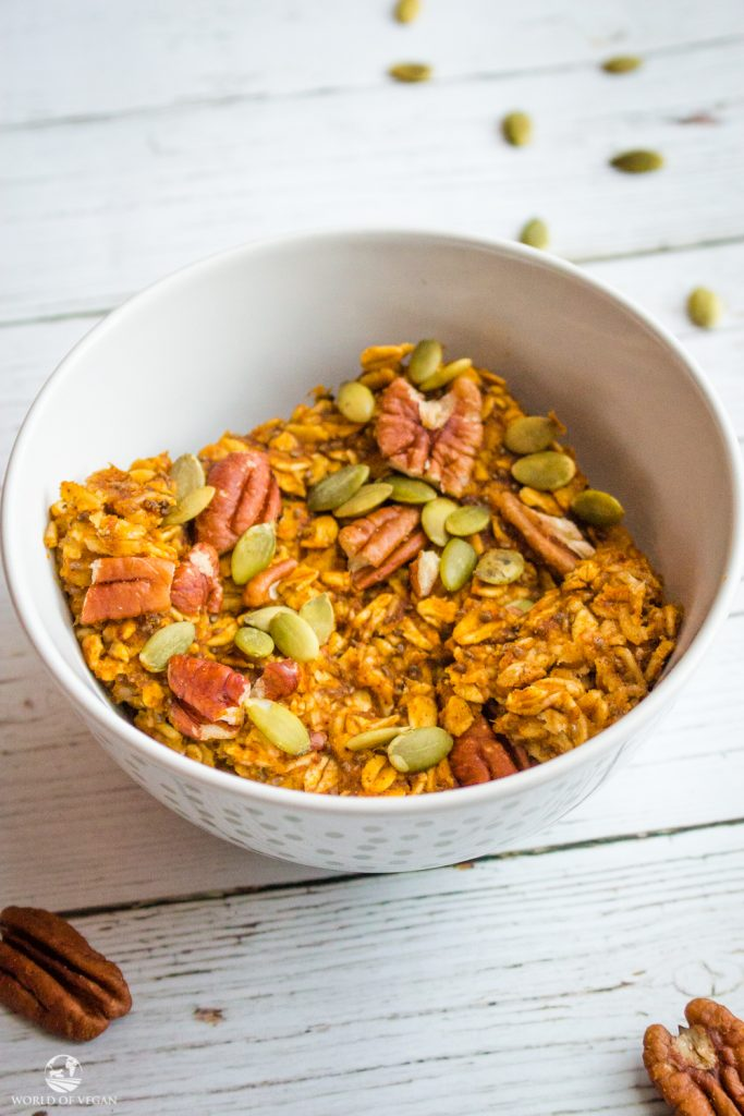 Baked Pumpkin Oatmeal | Easy Vegan Breakfast | World of Vegan