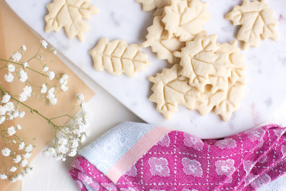 Easy Vegan Sugar Cookies | WorldofVegan.com | #vegan #cookies #baking #recipe