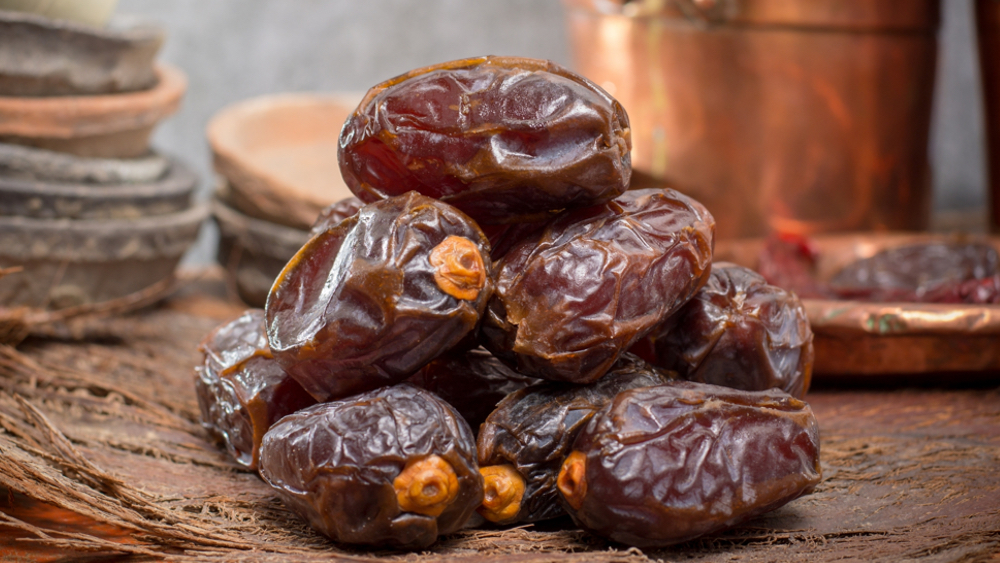 Delicious Fresh Medjool Dates | Easy Date Recipe | World of Vegan