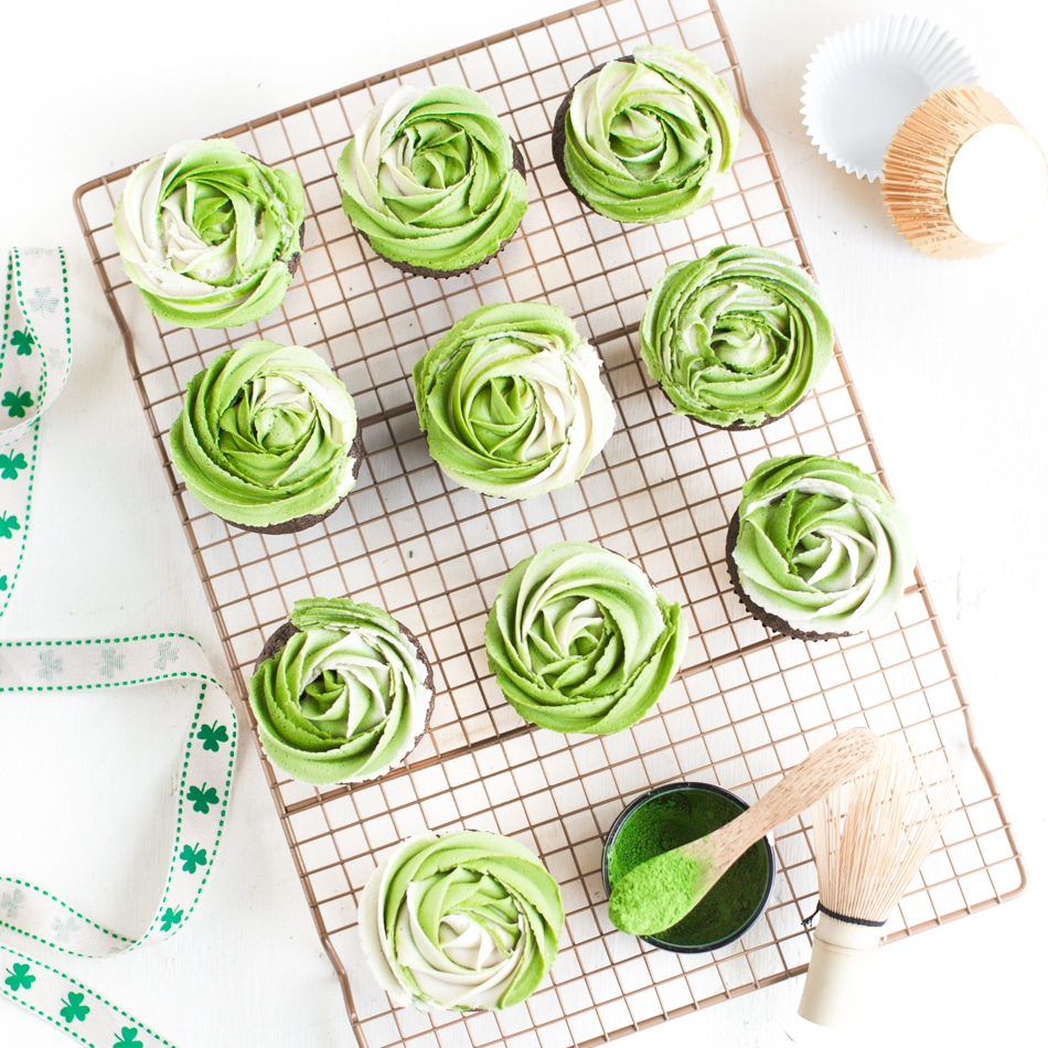 Vegan St. Patrick's Day Cupcakes With Matcha Frosting | WorldofVegan.com | #vegan #matcha #cupcakes #dairyfree #green #recipe
