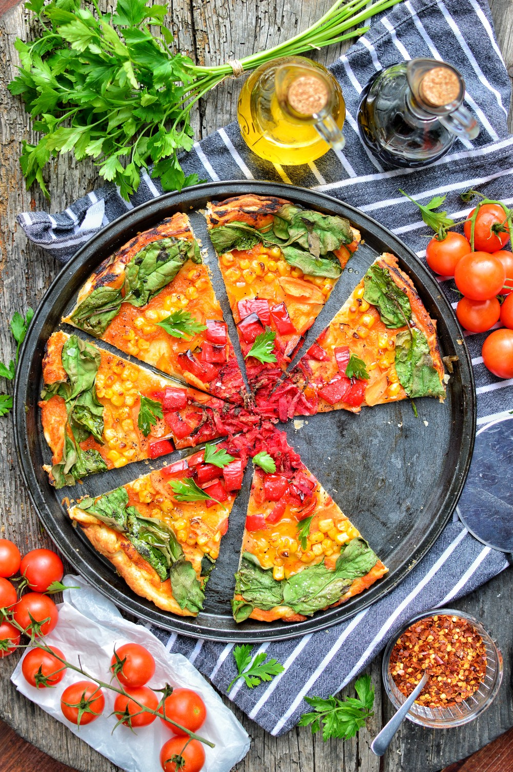 Rainbow Pizza | Easy & Quick Vegan Pizza Recipe | WorldofVegan.com | #veganpizza #healthy #colorful #dairyfree #quick #easy #italian