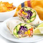 Super Easy Vegan Burrito | Worldofvegan.com | #burrito #lunch #quinoa #healthy #mexican #worldofvegan