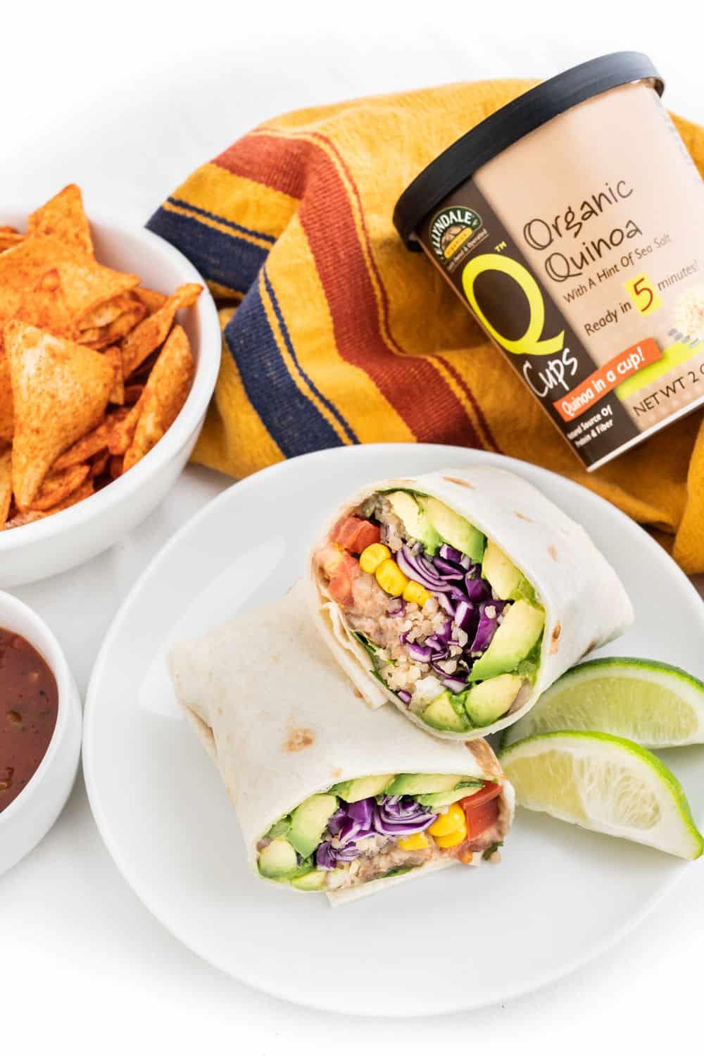 Super Easy Vegan Burrito   Worldofvegan.com   #burrito #lunch #quinoa #healthy #mexican #worldofvegan