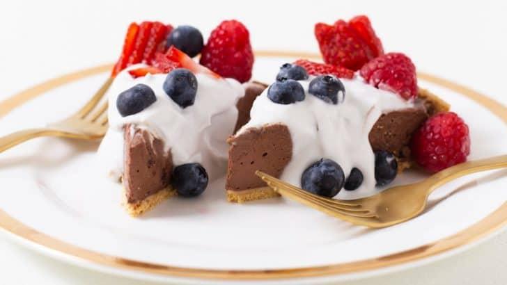 No Bake Chocolate Pie With Graham Cracker Crust