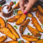 Crispy Baked Potato Wedges | World of Vegan | #potatoes #wedges #baked #vegan #easy #side #worldofvegan