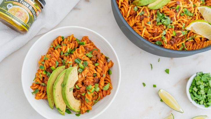 One-Pot Vegan Enchilada Pasta